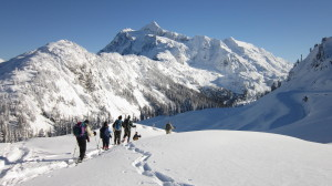 Snowshoeing in the North Cascades with Friends